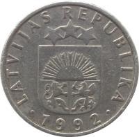 obverse of 50 Santimu (1992 - 2009) coin with KM# 13 from Latvia. Inscription: LATVIJAS REPUBLIKA · 1992 ·