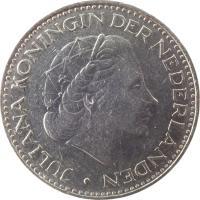 obverse of 1 Gulden - Juliana (1967 - 1980) coin with KM# 184a from Netherlands. Inscription: JULIANA KONINGIN DER NEDERLANDEN
