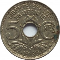 reverse of 5 Centimes (1938 - 1939) coin with KM# 875a from France. Inscription: LIBERTE · EGALITE FRATERNITE 5 Cmes · 19 39 ·