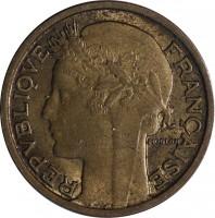 obverse of 50 Centimes (1931 - 1947) coin with KM# 894 from France. Inscription: REPUBLIQUE FRANÇAISE MORLON