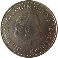obverse of 1 Gulden - Juliana (1970 - 1980) coin with KM# 12 from Netherlands Antilles. Inscription: JULIANA KONINGIN DER NEDERLANDEN