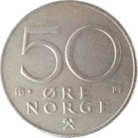 reverse of 50 Øre - Olav V (1974 - 1996) coin with KM# 418 from Norway. Inscription: 50 ØRE NORGE AB H ·