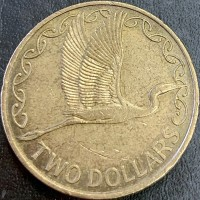 reverse of 2 Dollars - Elizabeth II - Mule - obverse is a British 2 Pence coin. (2002) coin from New Zealand. Inscription: TWO DOLLARS