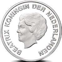 obverse of 5 Florin - Beatrix - Dande (2009) coin with KM# 43 from Aruba. Inscription: BEATRIX KONINGIN DER NEDERLANDEN