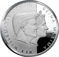obverse of 5 Florin - Willem-Alexander - Royal visit (2013) coin with KM# 54 from Aruba. Inscription: REY WILLEM-ALEXANDER REINA MÁXIMA EK