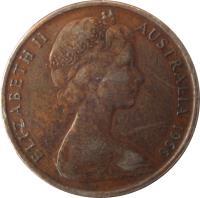 obverse of 2 Cents - Elizabeth II (1966 - 1984) coin with KM# 63 from Australia. Inscription: ELIZABETH II AUSTRALIA 1966