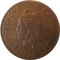obverse of 100 Francs (1976 - 2005) coin with KM# 14 from French Polynesia. Inscription: REPUBLIQUE FRANÇAISE I · E · O · M 1986 R. JOLY