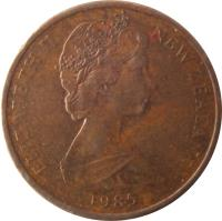 obverse of 1 Cent - Elizabeth II - 2'nd Portrait (1967 - 1985) coin with KM# 31 from New Zealand. Inscription: ELIZABETH II NEW ZEALAND 1985