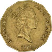 obverse of 5 Dollars - Elizabeth II - 3'rd Portrait (1987 - 1994) coin with KM# 39 from Cook Islands. Inscription: ELIZABETH II COOK ISLANDS 1992