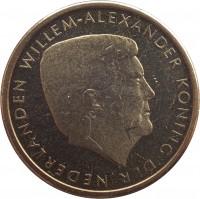 obverse of 5 Florin - Willem-Alexander (2014) coin with KM# 58 from Aruba. Inscription: WILLEM-ALEXANDER KONING DER NEDERLANDEN
