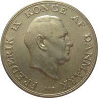 obverse of 2 Kroner - Frederik IX (1947 - 1960) coin with KM# 838 from Denmark. Inscription: FREDERIK IX KONGE AF DANMARK N ♥ S