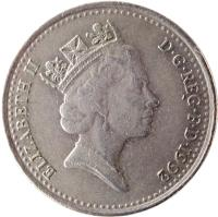obverse of 10 Pence - Elizabeth II - 3'rd Portrait (1992 - 1997) coin with KM# 938b from United Kingdom. Inscription: ELIZABETH II D · G · REG · F · D · 1992 RDM