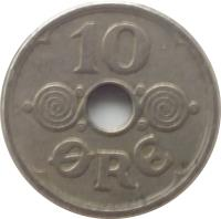 reverse of 10 Øre - Christian X (1924 - 1947) coin with KM# 822 from Denmark. Inscription: 10 ØRE