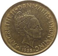 obverse of 10 Kroner - Margrethe II - 1'st Coat of Arms; 3'rd Portrait (1994 - 1999) coin with KM# 877 from Denmark. Inscription: MARGRETHE II ♥ DANMARKS DRONNING 1995