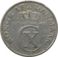 obverse of 5 Øre - Christian X (1941) coin with KM# 834 from Denmark. Inscription: KONGE AF DANMARK 19 41