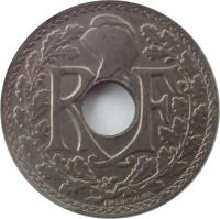 obverse of 5 Centimes (1914 - 1920) coin with KM# 865 from France. Inscription: R F