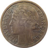 obverse of 2 Francs (1931 - 1941) coin with KM# 886 from France. Inscription: REPUBLIQUE FRANÇAISE MORLON